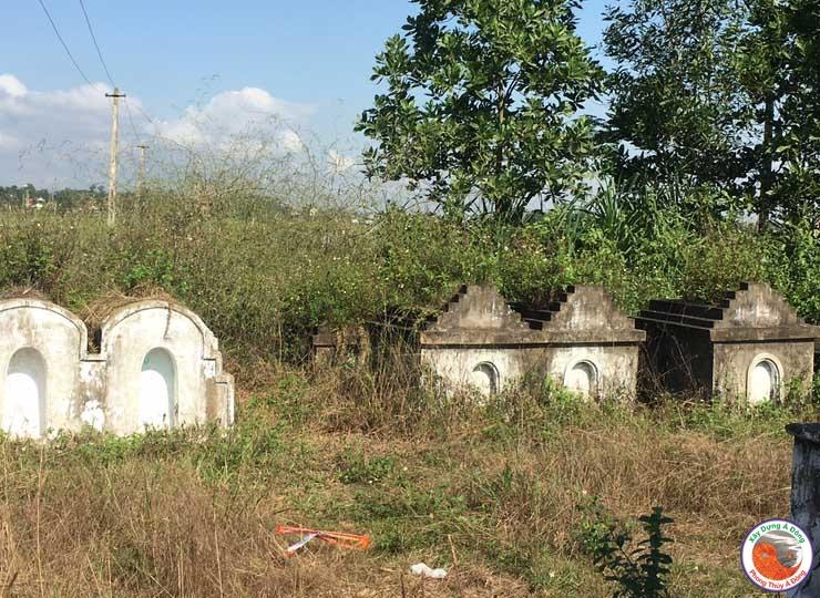 Lăng Mộ Gia Tộc Họ Nguyễn 12 (Thanh Hóa)
